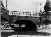 Мост на плотине и чертёж